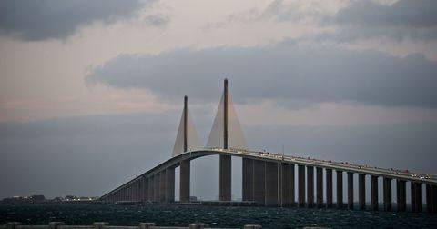 Daytime, Sky, Bridge, Cable-stayed bridge, Cloud, Atmosphere, Horizon, Fixed link, Extradosed bridge, Suspension bridge,