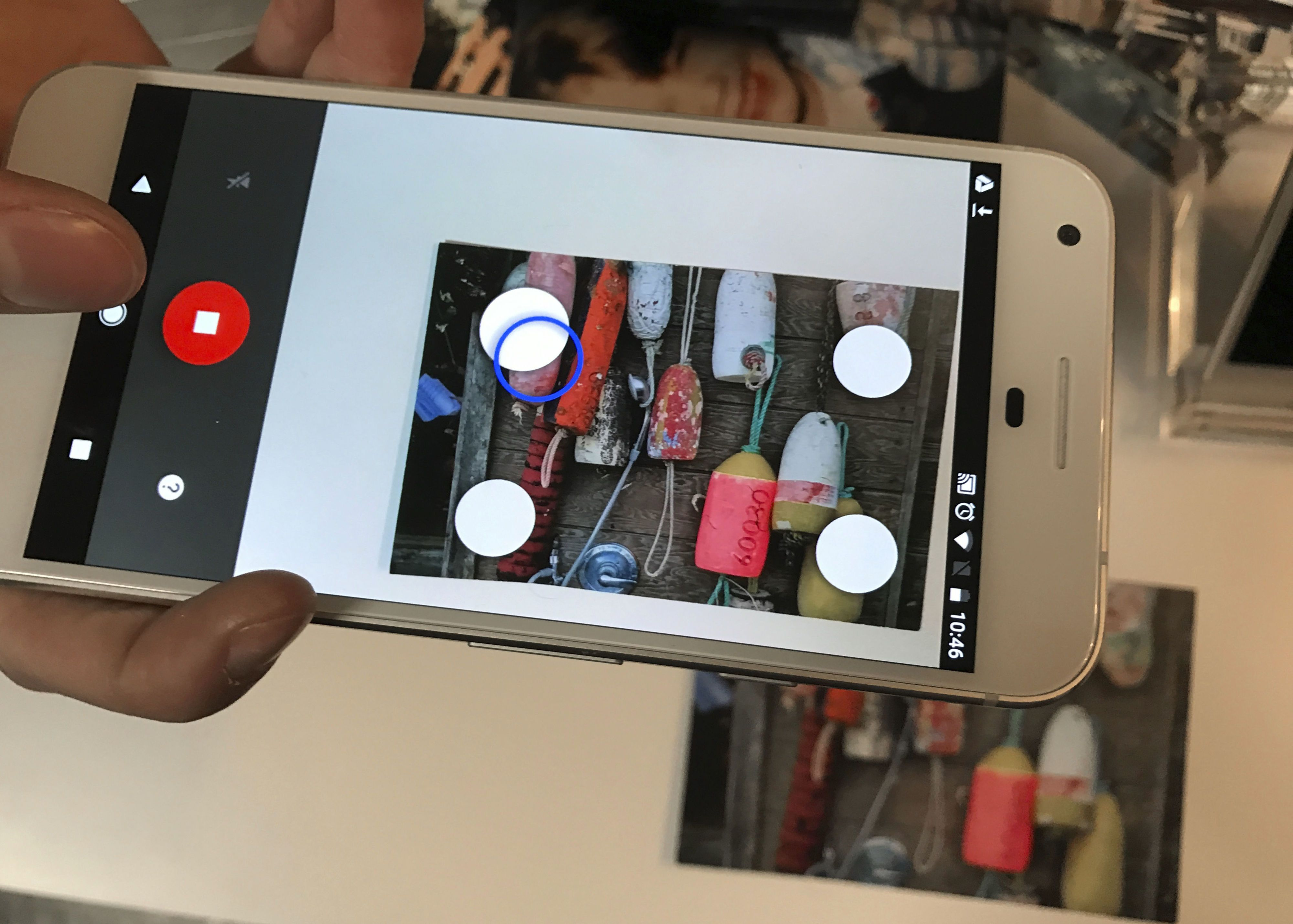 New Google App Instantly Digitizes Your Old Photos