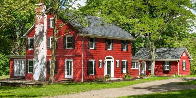 7 of the Most Charming Red Houses for Sale Across America