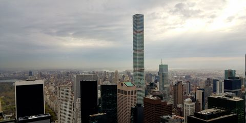 <p>The tallest all-residential skyscraper in the world includes 104 luxury condominiums spread out over its 88 floors. Designed by Rafael Vinoly, the concrete-core building opened in 2014 and, with a base of 33,000 square feet, was able to slide into Manhattan on the lot formerly  home to the Drake Hotel. Located between E 56th and E 57th streets and just one block from Trump Tower, 432 Park Ave has some of the priciest apartments in all of New York City, and that's saying something. </p>