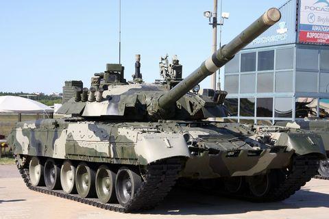 Russia Preparing to Return 3,000 Older Tanks Into Service
