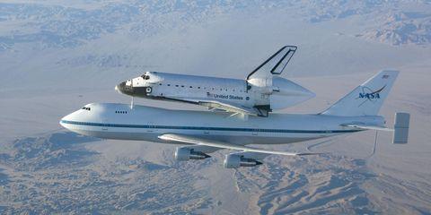 747-space-shuttle.jpg