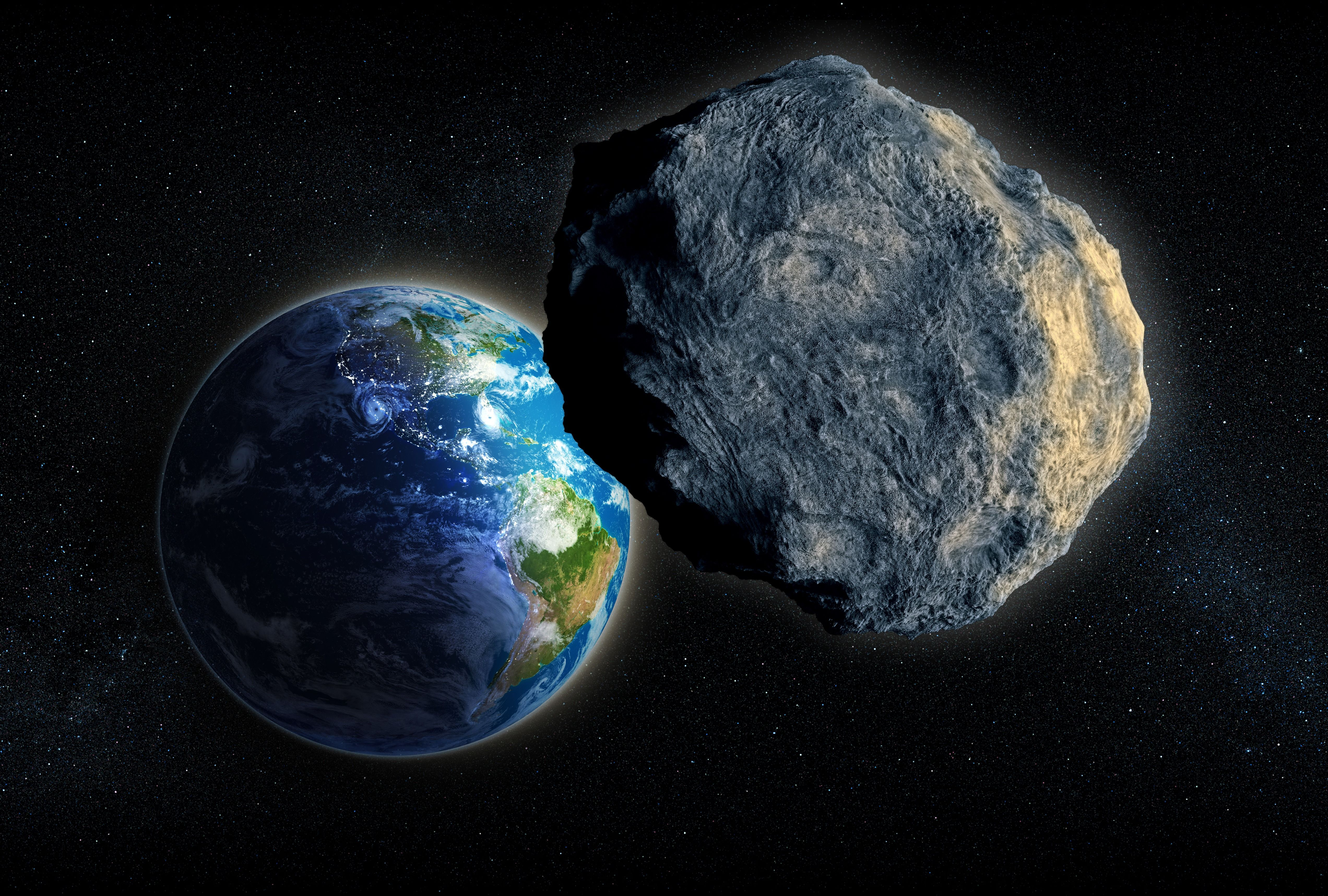 15-meter asteroid missed the Earth 43