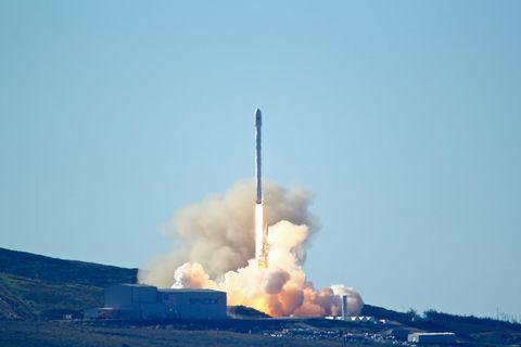 Atmosphere, Pollution, Smoke, Space, Gas, Heat, Aerospace engineering, Flight,