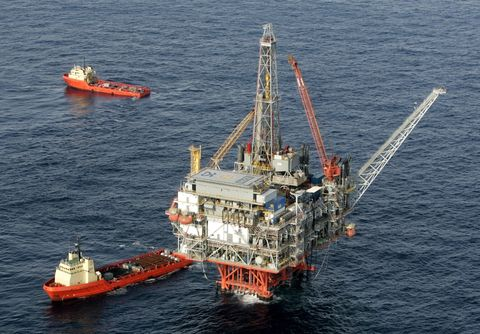 7 of the World's Biggest and Baddest Offshore Structures