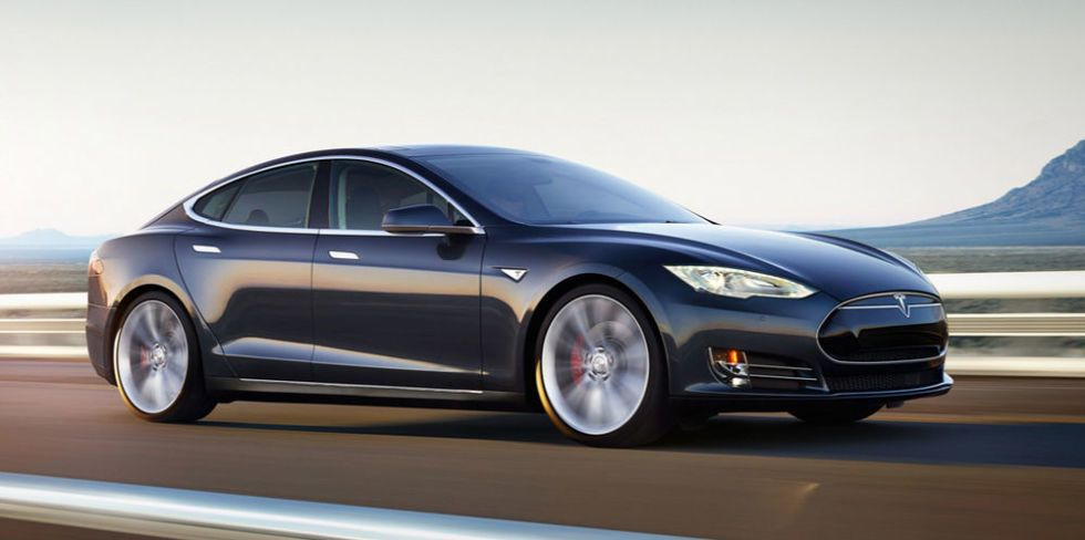 That Tesla Battery Emissions Study Making the Rounds? It's Bunk.
