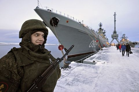 Soldier, Winter, Military person, Naval ship, Watercraft, Boat, Naval architecture, Cap, Navy, Freezing,