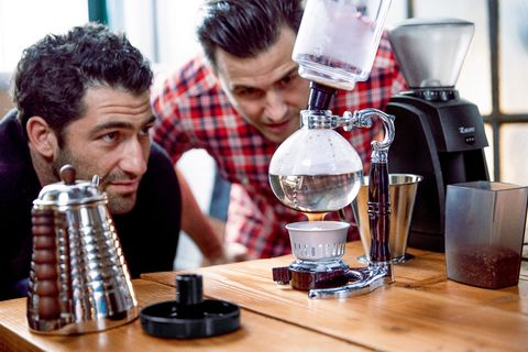 Small appliance, Indoor games and sports, Barware, Kitchen appliance, Trophy, Games, Coffee grinder, Kettle, Vacuum coffee maker, Coffee percolator,