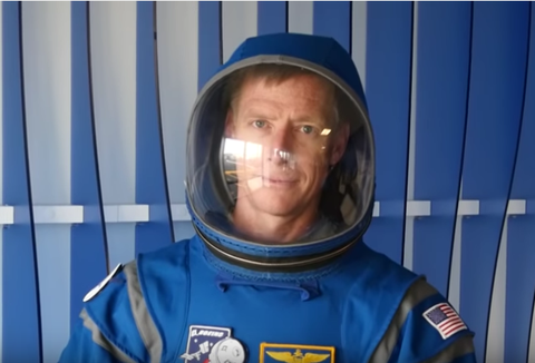 boeing new space suit