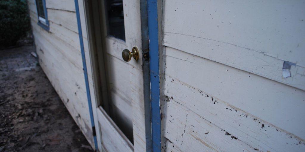 How To Repair A Screen Door | Easy Screen Repair   Best Screen Door Repair  In 13 Steps