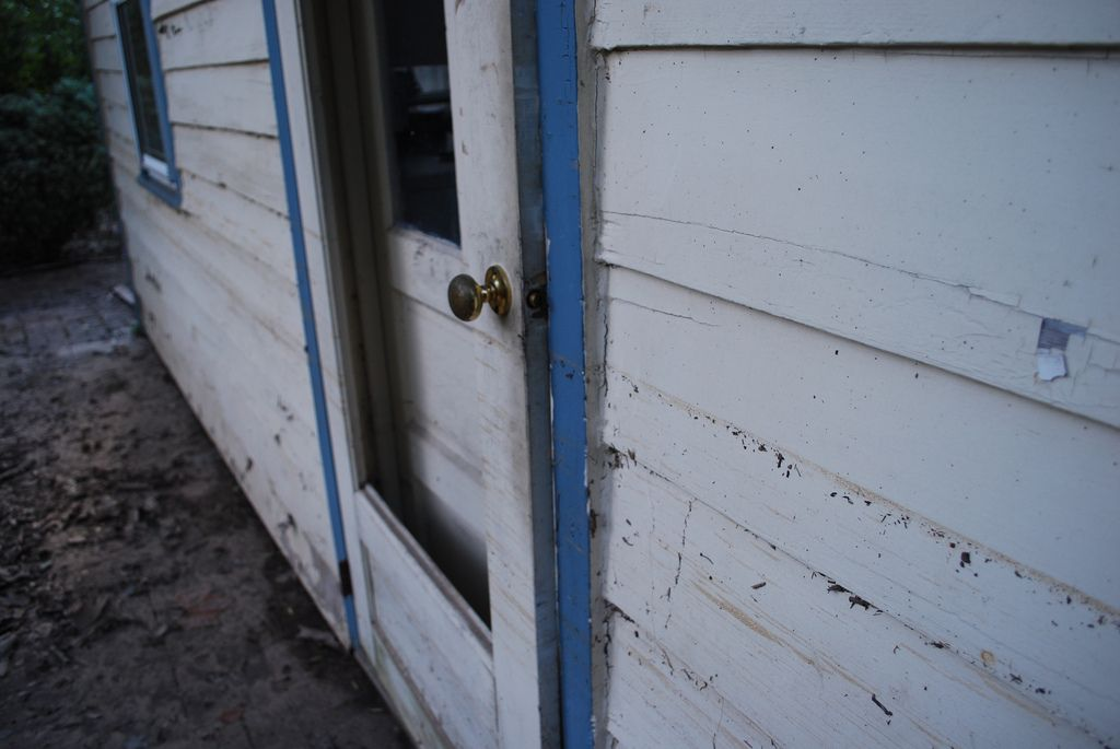 How To Repair A Screen Door Easy Screen Repair Best Screen Door