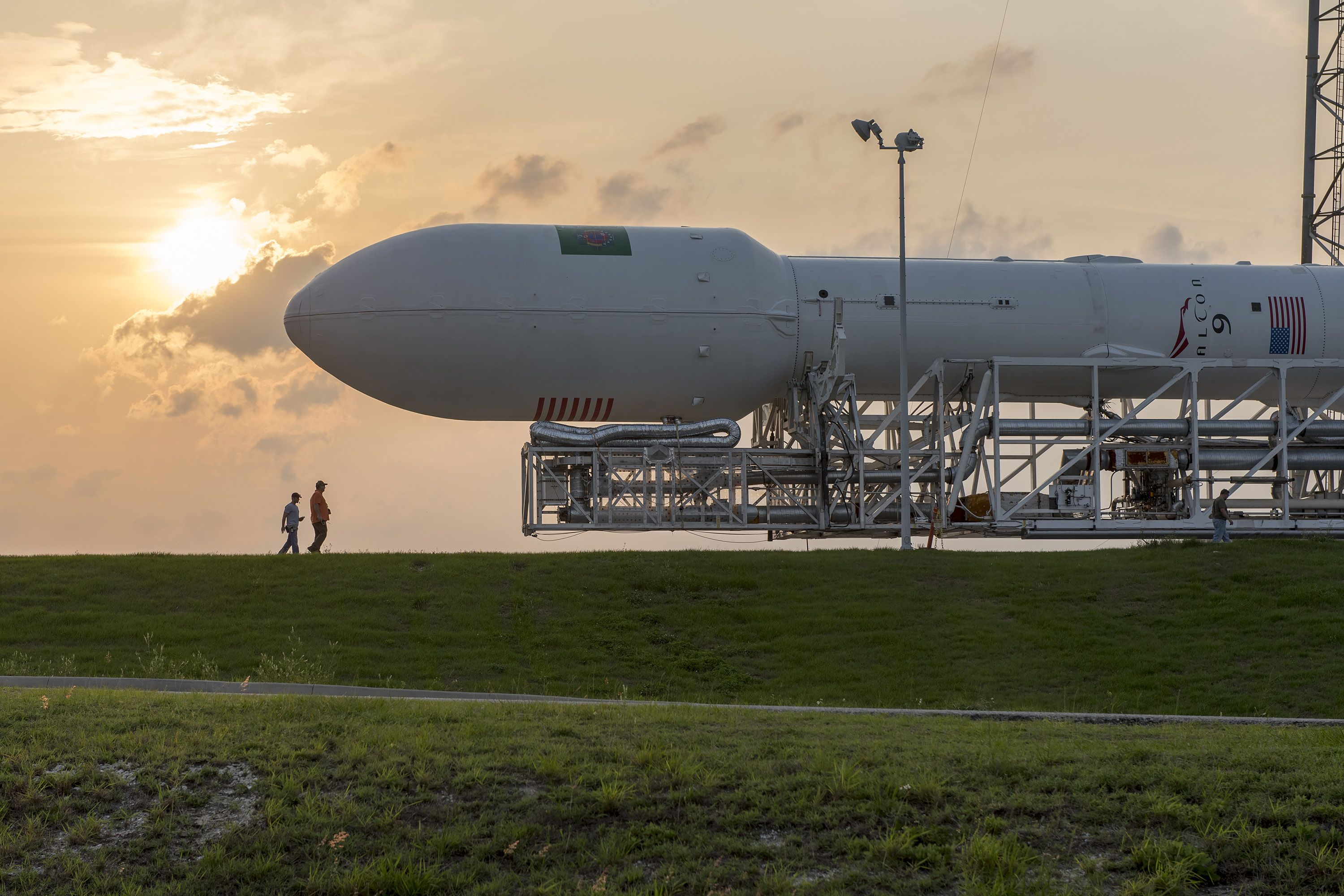 Persistence and Changes in SpaceX Plans 100