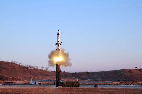 Aerospace engineering, Pollution, Spacecraft, Missile, Rocket, Heat, Flight, Aircraft,