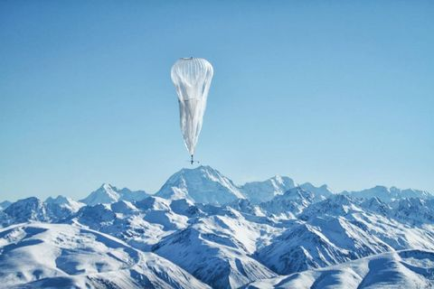 Mountain range, Mountainous landforms, Slope, Winter, Freezing, Ice, Mountain, Glacial landform, Summit, Ice cap,