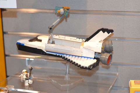 Scale model, Engineering, Space, Aerospace engineering, Machine, Toy, Toy vehicle, Spacecraft, Aircraft,