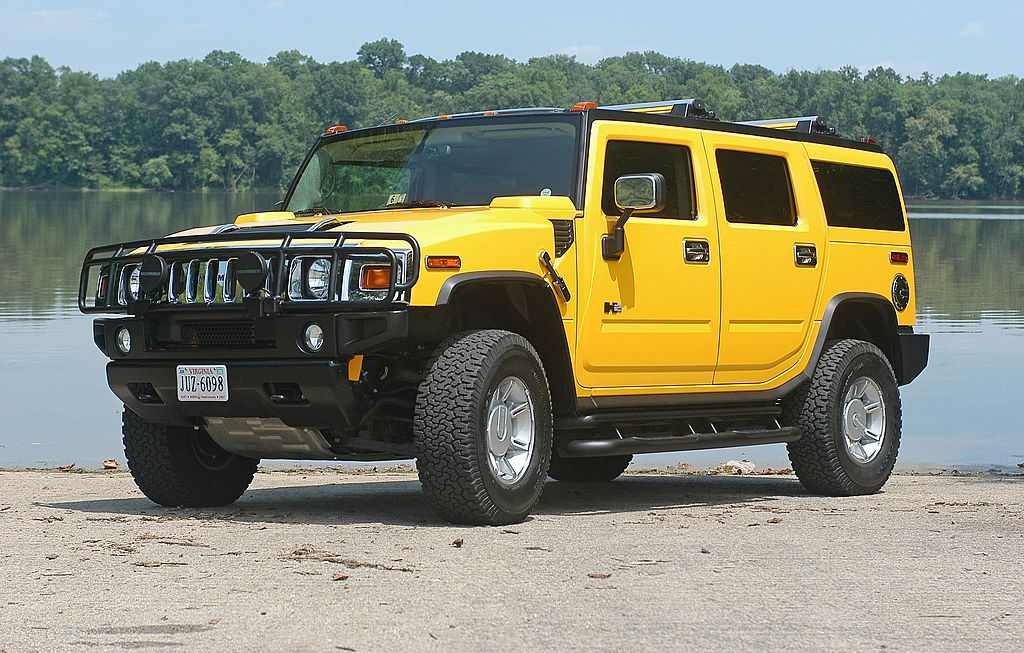 Every Single Reason The Hummer H2 Was So Stupid Laid Out In
