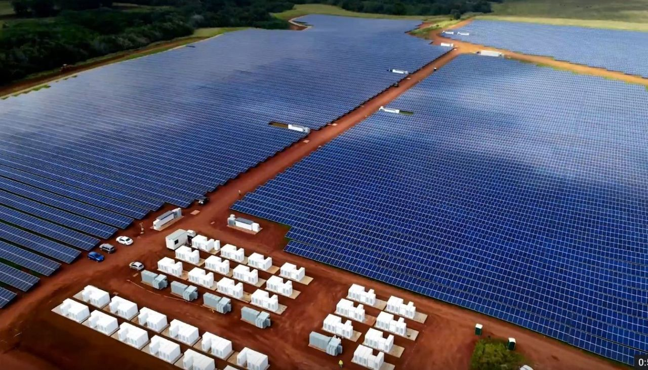 Tesla-Backed Solar Farm Provides Power Day or Night