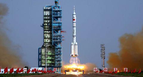 china-rocket.jpg