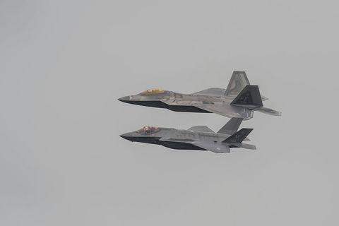 Airplane, Aircraft, Military aircraft, Air force, Fighter aircraft, Vehicle, Aviation, Lockheed martin f-22 raptor, Jet aircraft, Flight,