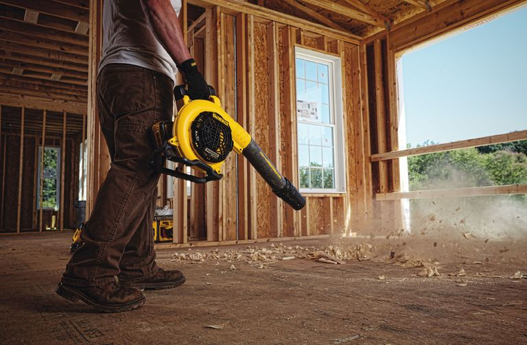 The Best Cordless Outdoor Power Tool Systems