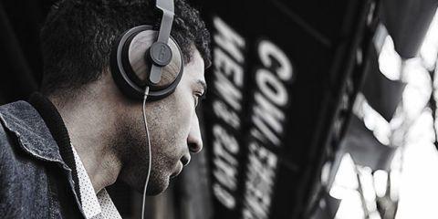 Audio equipment, Electronic device, Technology, Logo, Gadget, Audio accessory, Headphones, Monochrome, Headset, Hearing,