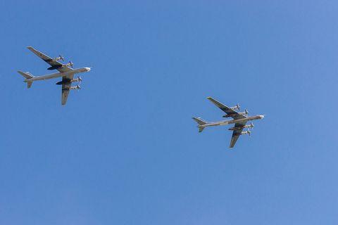 Airplane, Aircraft, Aviation, Air force, Air racing, Vehicle, Air show, Flight, Aerobatics, Military aircraft,