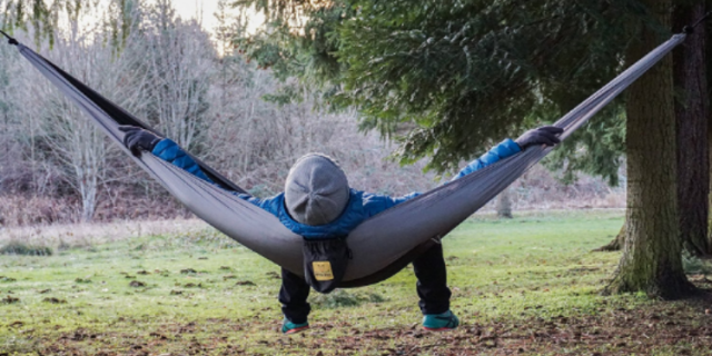 the best hammocks for camping and backpacking  rh   popularmechanics