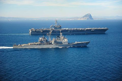 Naval ship, Warship, Vehicle, Ship, Navy, Destroyer, Dock landing ship, Guided missile destroyer, Boat, Watercraft,