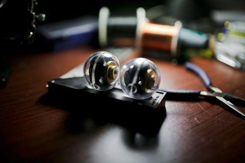 Light, Audio equipment, Close-up, Technology, Fashion accessory, Photography, Electronics, Headphones, Macro photography, Ear,