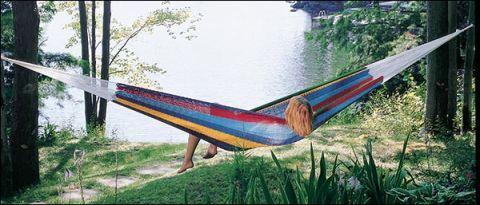lee valley mayan hammock the best hammocks for maximum backyard relaxation  rh   popularmechanics