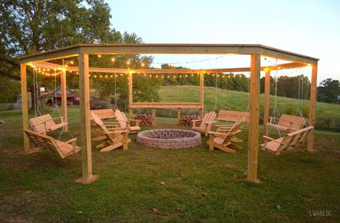 We Just Found the Ultimate DIY Backyard Fire Pit