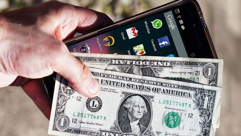 Cash, Money, Currency, Banknote, Dollar, Hand, Technology, Gadget, Mobile phone, Paper,