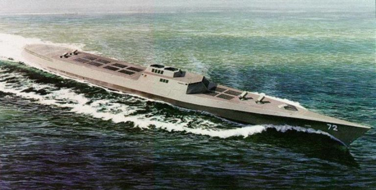 "China is Developing Its Own Deadly ""Arsenal Ship"""