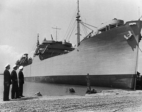 Ship, Vehicle, Boat, Heavy cruiser, Naval ship, Watercraft, Armored cruiser, Destroyer escort, Seaplane tender, Submarine tender,