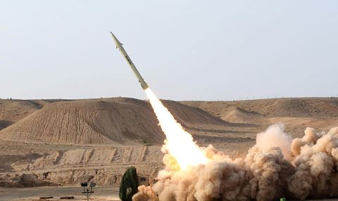 Rocket, Missile, Vehicle, Dust, Spacecraft, Self-propelled artillery, Combat vehicle,