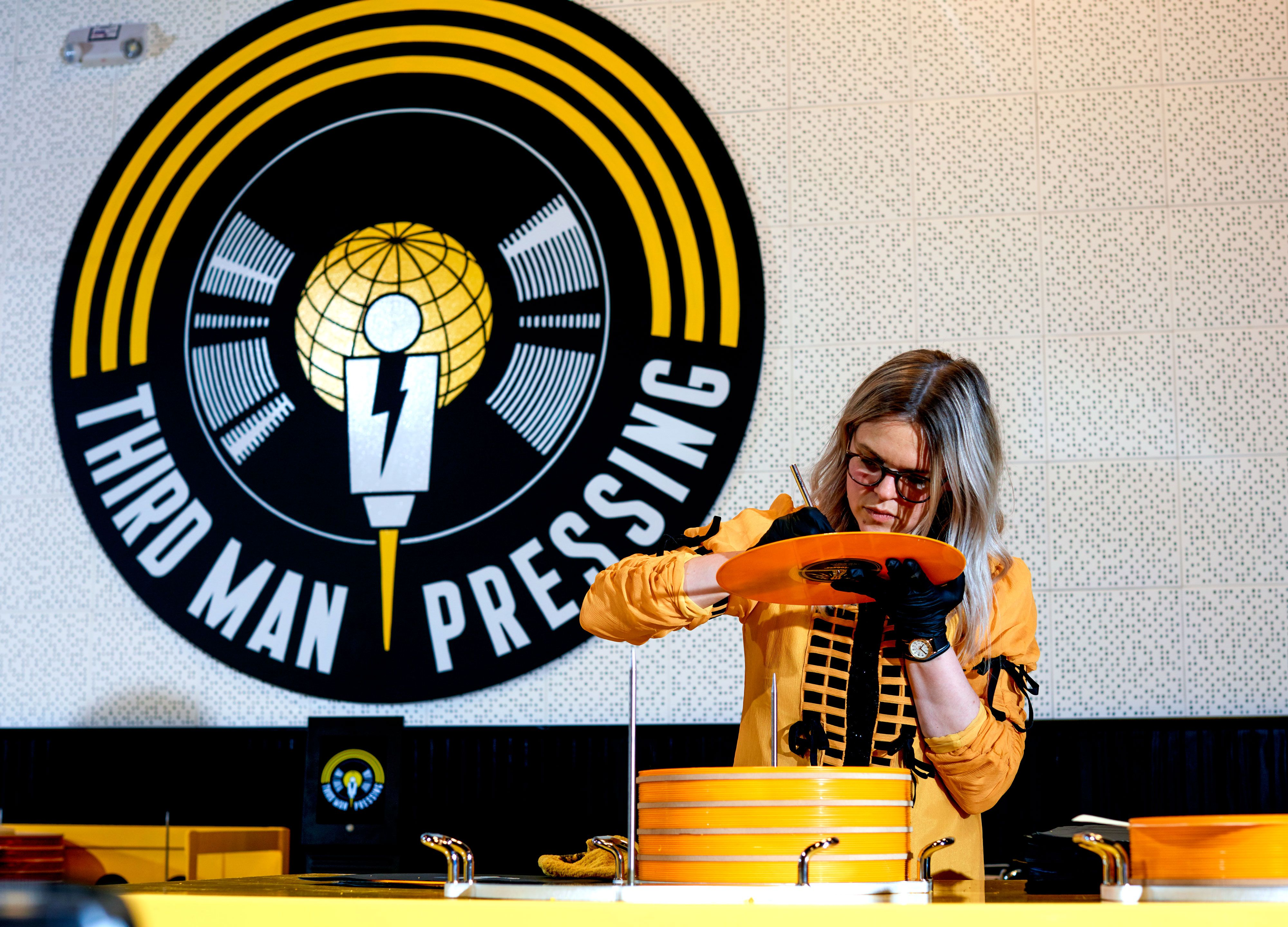 Groovy Welcome To Jack Whites Temple To Vinyl Pabps2019 Chair Design Images Pabps2019Com