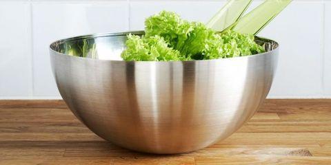 Wood, Green, Ingredient, Leaf vegetable, Vegetable, Hardwood, Dishware, Serveware, Wood stain, Fines herbes,