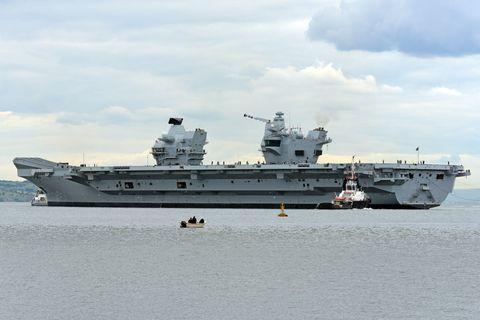 Vehicle, Boat, Ship, Amphibious assault ship, Aircraft carrier, Naval ship, Amphibious warfare ship, Dock landing ship, Warship, Watercraft,