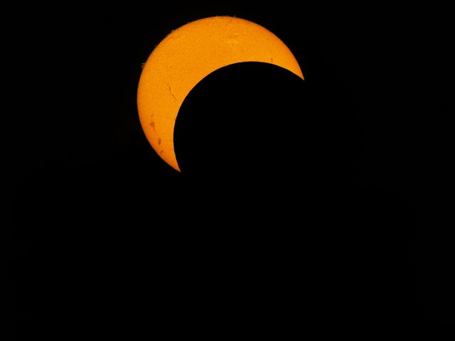 How to Photograph Total Solar Eclipse 2017 - How to Take Pictures of