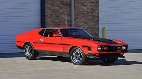 Land vehicle, Vehicle, Car, Sports car, Muscle car, Motor vehicle, Classic car, Ford mustang mach 1, Hood, Sedan,