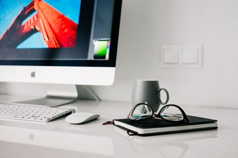 Desktop computer, Personal computer, Computer monitor, Computer keyboard, Desk, Screen, Output device, Display device, Electronic device, Product,