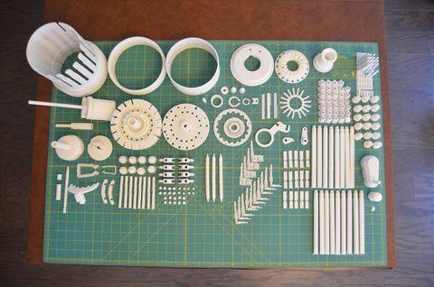 Pattern, Turquoise, Dishware, Teal, Circle, Design, Serveware, Circuit component, Cutting mat, Kitchen utensil,
