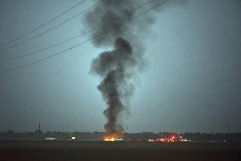 Pollution, Smoke, Sky, Atmosphere, Explosion, Geological phenomenon, Gas, Heat,