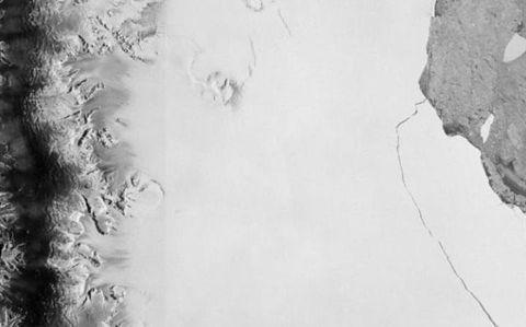 Monochrome, Monochrome photography, Black-and-white, Snow,