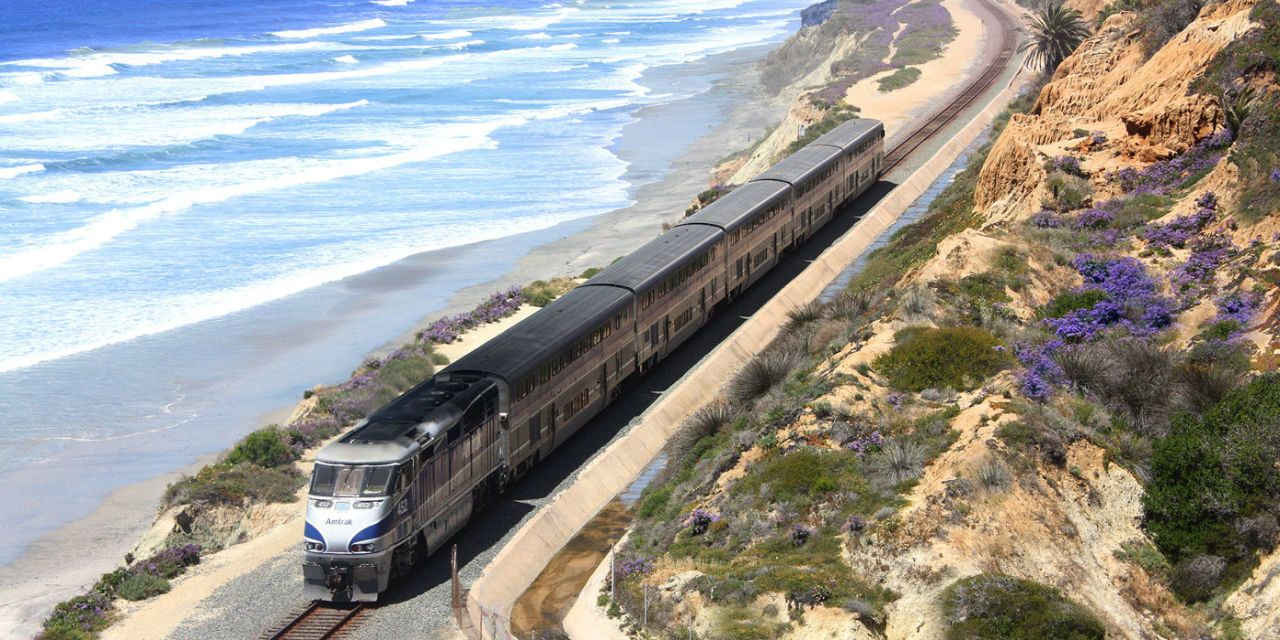 You Can See This Gorgeous Stretch of Pacific Coast by Train for Under $100
