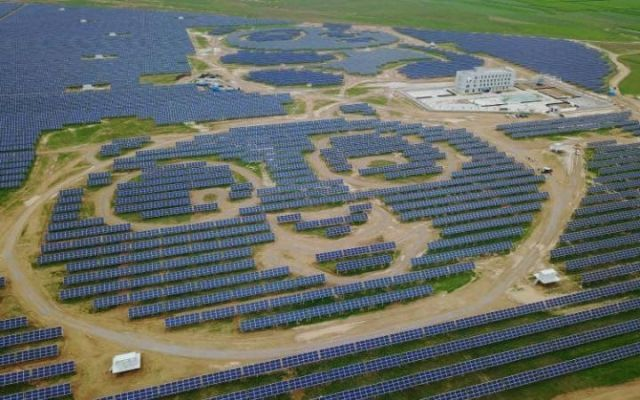 How Much Does A Solar Farm Cost To Build