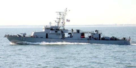 U.S. Navy Ship Fires Warning Shots Over Iranian Boat