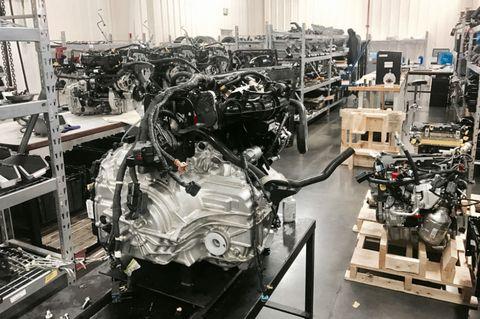Industry, Machine, Engineering, Factory, Workshop, Toolroom, Automotive engine part, Machine tool, Engine, Aluminium,