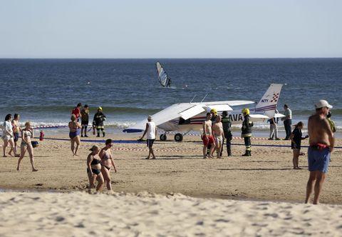 People on beach, Beach, Vacation, Tourism, Fun, Sea, Ocean, Summer, Coast, Shore,
