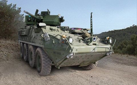Mode of transport, Combat vehicle, Military vehicle, Tank, Army, Self-propelled artillery, Military, Camouflage, Military organization, Machine,